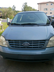 2005 ford freestar as is