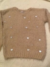 🐮 Lovely fluffy dusky pink jumper with butterfly gems age 6-7
