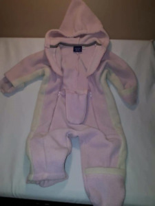 Rugged Bear Pink Fleece Carseat Safe Bunting Suit Size 24mts,EUC