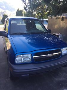 Wanted 2000 Chevy tracker hardtop roof