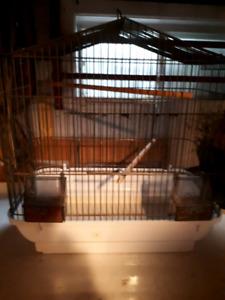 Ste-Marie Bce deux belle cages à vendre pour petit oiseaux