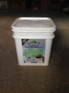 2 Roofers Kits for Sale!