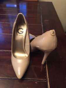 Guess size 6 heels