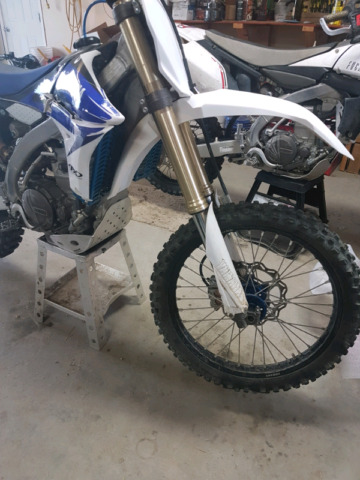 Very clean Yamaha YZ450F