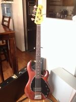 5 strings bass guitar by MUSIC MAN