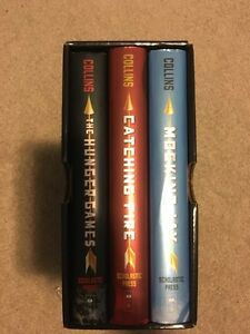 Hunger games triology set, HARDCOVER Kitchener / Waterloo Kitchener Area image 1