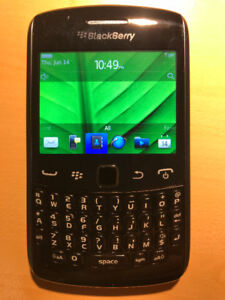 BLACKBERRY CURVE 9360 LOCKED TO BELL, LIKE NEW