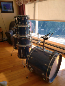 LUDWIG CLASSIC BIRCH DRUMS