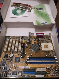 Asus A7N8X Socket