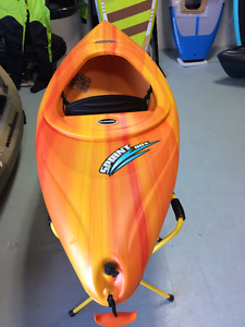8 Foot Recreational Kayak for Small Paddlers