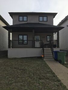 For Rent-Beautiful Executive Home in West Park Moose Jaw