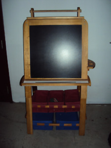 SOLID WOOD STAND-UP EASEL