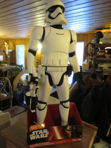 1 STAR WARS STORM TROOPER WITH BLASTER 31 INCHS TALL
