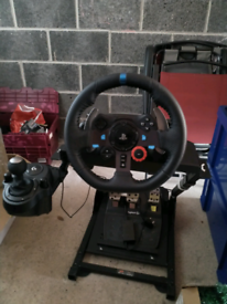 Steering wheel Logitech g29 with gear changer and stand