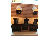 Lovely shop front dolls house