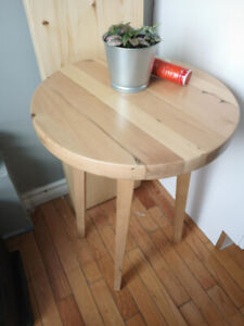 Handy Reclaimed wood Round table with Angled legs