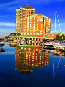 Luxurious Waterfront Boardwalk 1850 sq ft 3 Bedroom Condo & dock