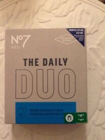 🛀🎄No7 Mens daily duo face and body wash gift box