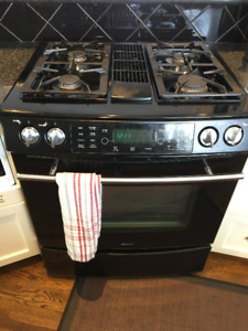 JENNAIR 30 INCH 4 BURNER RANGE W/ DOWNDRAFT