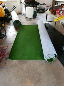 2 rolls of real turf
