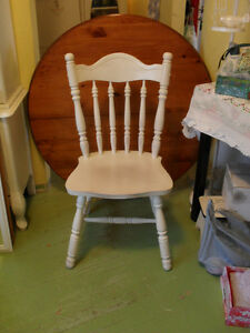 Shabby Chic Wooden Chairs Set of 4