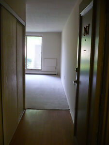 Welcome home, 2 and 3 Bedroom Apartments London West London Ontario image 3