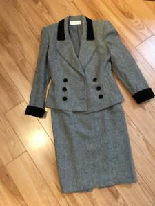 Tailleur pour femme - Collection de France Taille 42