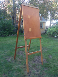 Drawing and Painting Easel