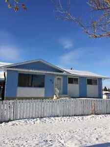 West end 5bdrm bungalow,  in-law suite, free rent for January