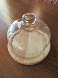 Cheese tray with glass dome London Ontario image 2