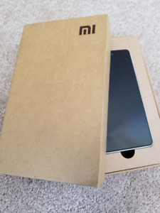 XIAOMI MI 4 BRAND NEW WITH CASE AND SCREEN PROTECTOR