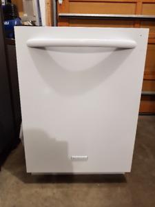 Kitchen Aid Built  in Dishwasher