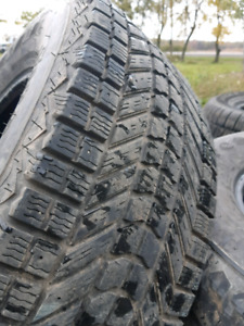 90% 265/75/R15 FIRESTONE WINTER SNOW TIRES