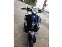 Piaggio GTS250 Vespa