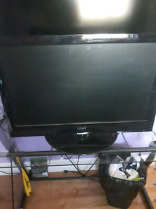 Colby tv 720p 20 inch with remote