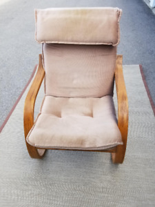 Chair bentwood  casual and comfortable, available in Ancaster