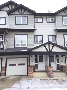 Move in ready/fully furnished/3 bed/2.5 bath/single garage+stall