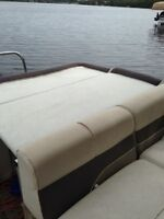 2002 playbouy 24 foot pontoon boat
