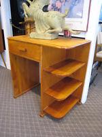Compact Wood Desk / Bookshelf