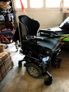 Electric Wheelchair with ilevel technology