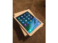 Apple iPad Air , 16gb Wifi + 4G unlocked to all network