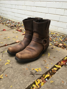 Women's 8R Harness Boots