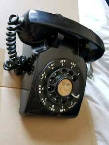 Working Vintage Phone