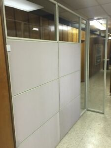 Free standing office dividers
