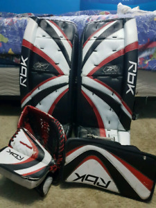 "Goalie pads 31"" , matching glove and blocker"