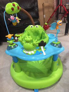 Evenflo-Exersaucer Jumo and Learn