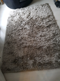 Large thick luxury rug no offers bargain