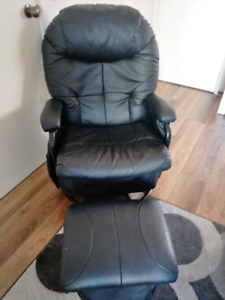 Nursing Chair - childcare Glider (recliner) and Ottoman