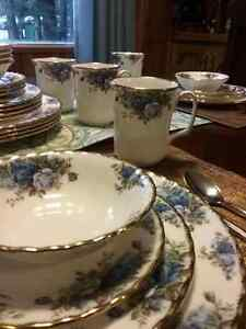 Royal Albert Moonlight Rose 5piece setting for 8 Comox / Courtenay / Cumberland Comox Valley Area image 5
