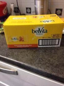 Belvita Breakfast Bar honey and nuts with choc chip